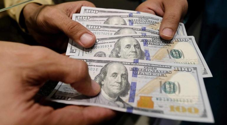 Baja el dólar por novena semana consecutiva