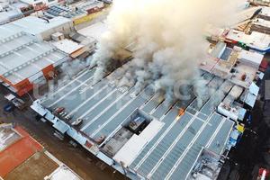 Relacionada incendio-mercado.jpg