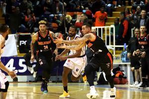 Relacionada basquet-pioneros-a-dorados.JPG