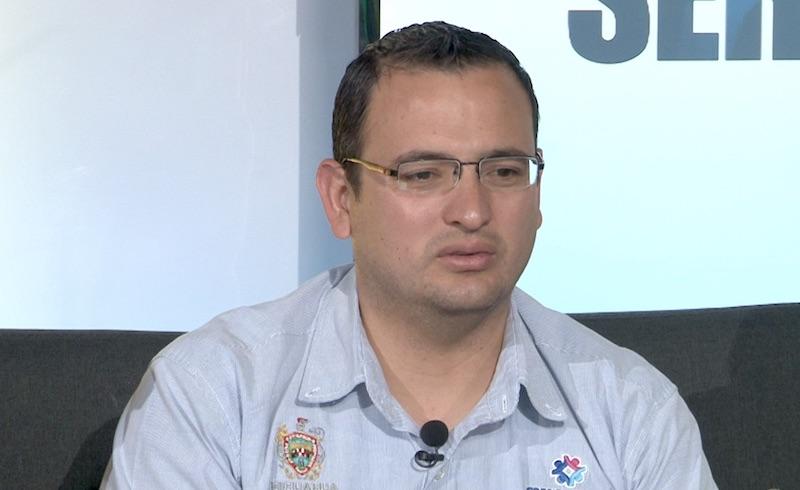 Luis carlos v. p.