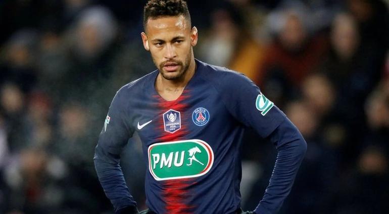 Neymar lloró dos días en casa tras lesionarse