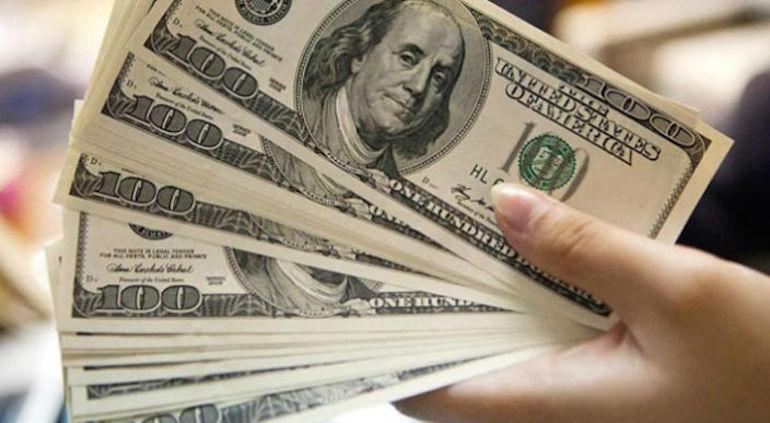 Este Miércoles 27 De Febrero Del 2019 El Dólar Amaneció Con Cotización Aproximada 19 43 Pesos A La Venta En Las Prinles Sucurs Bancarias