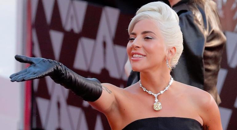 Lady Gaga confirma que está embarazada,