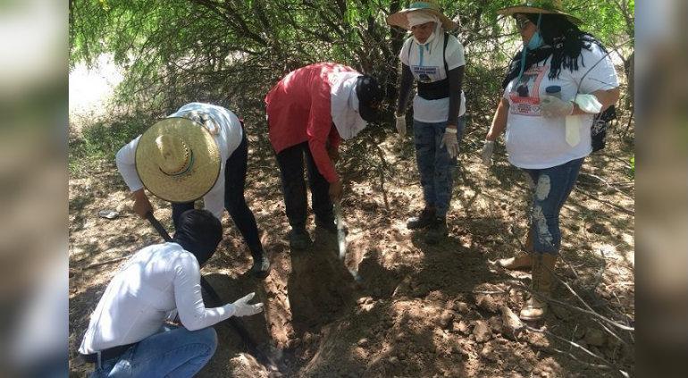 México: encontraron fosas clandestinas con restos de 27 personas