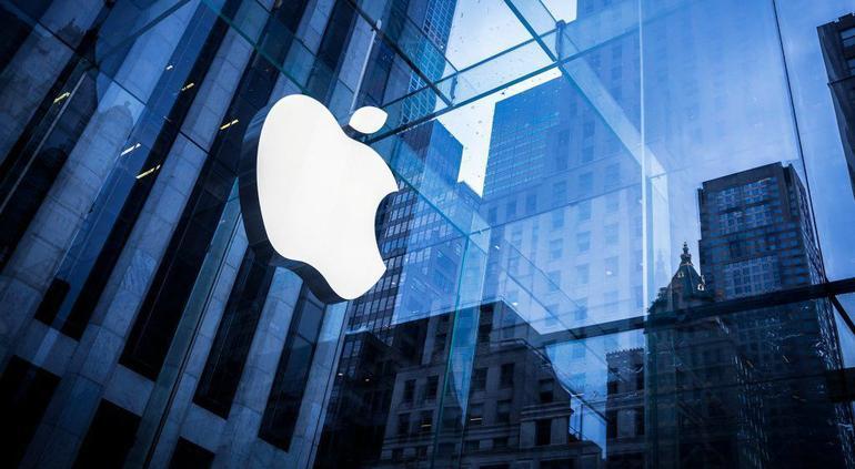 Un joven demanda a Apple por 1000 millones de dólares
