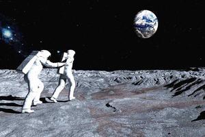 Relacionada moon.jpg