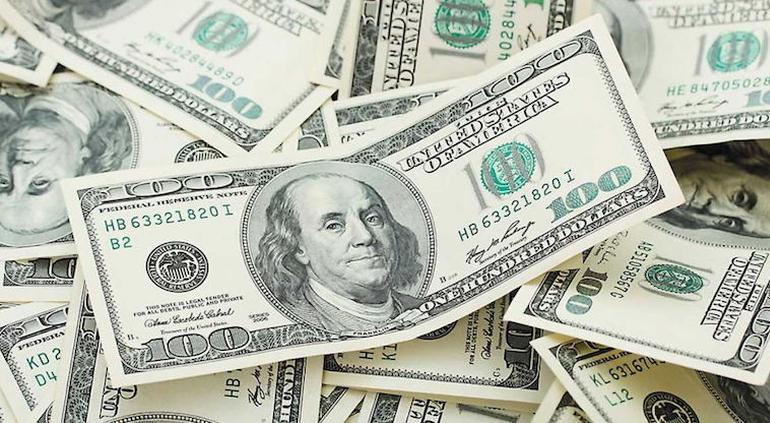 Dólar se vende hasta en 19.50 pesos en bancos