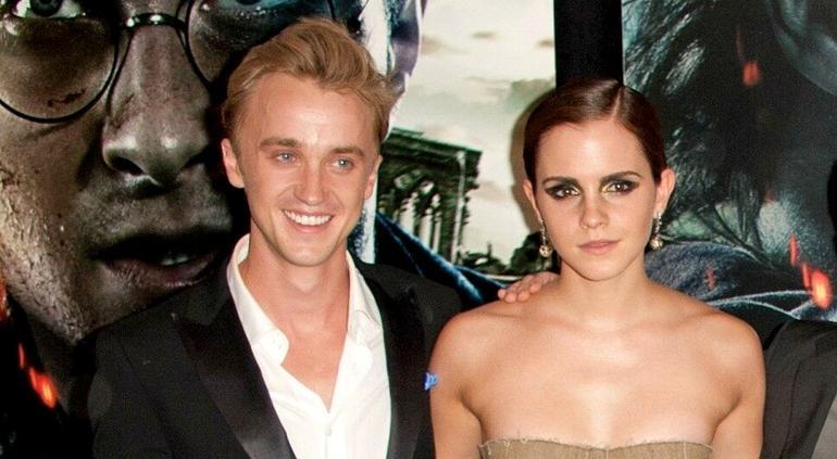 ¿Emma Watson de romance con uno de sus compañeros de