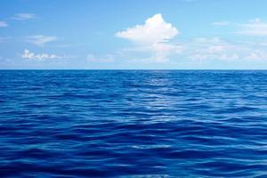 Relacionada mar-azul.jpg