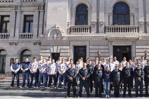 Relacionada policias-bomberos-panamericano.jpg