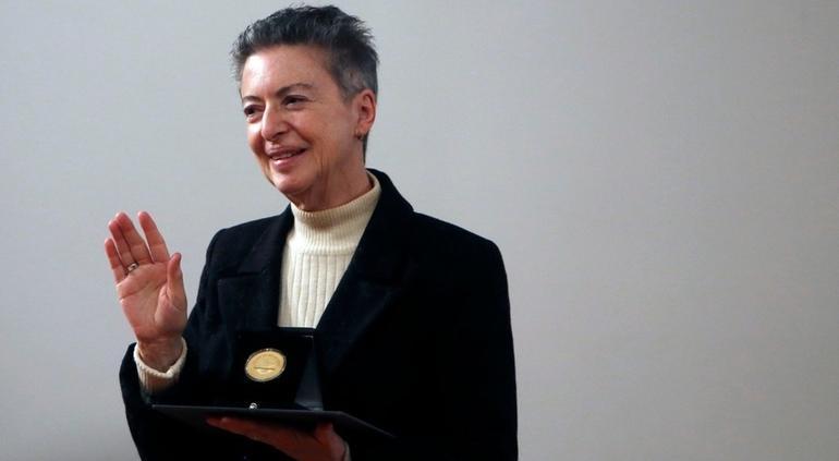 Medalla Bellas Artes 2019: Bárbara Jacobs y Camarena, entre ganadores