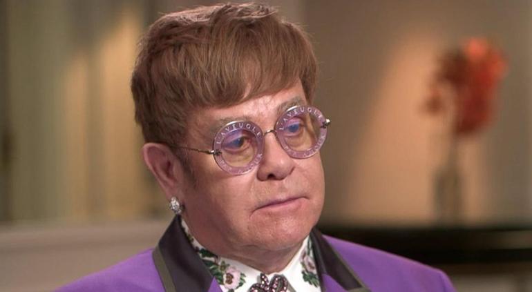 Elton John se enojó con su seguridad en pleno show