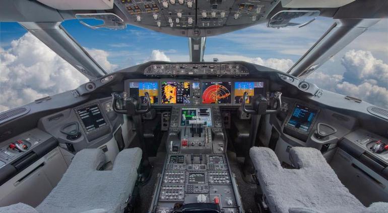 Que salga en rifa el avión presidencial, propone AMLO