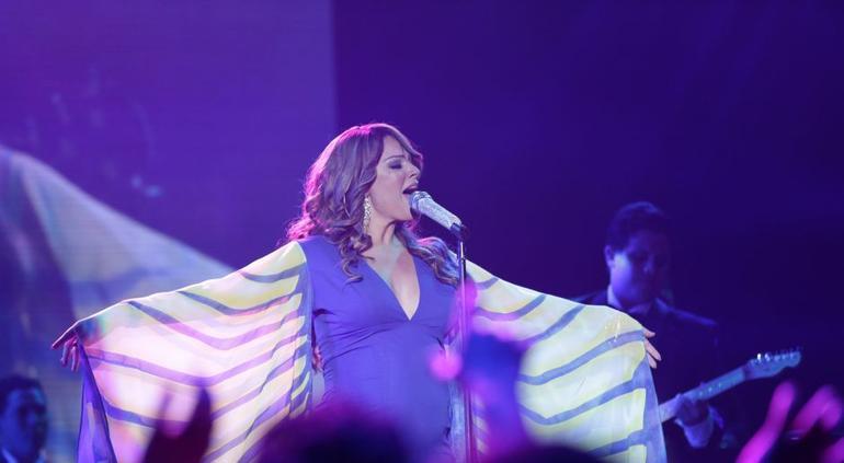 Jenni Rivera dejó lista una canción para Paulina Rubio y Beto Cuevas