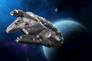 Relacionada millenium-falcon-star-wars-model_z.jpg
