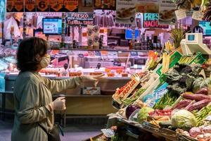 Relacionada como-desinfectar-la-compra-y-otras-dudas-tras-volver-del-supermercado.jpg