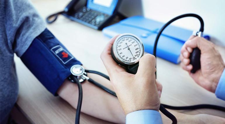 Minsalud pide a personas con diabetes e hipertensión resguardarse ante virus