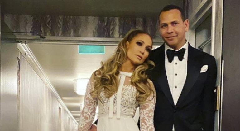 Jennifer López suspende su boda con Alex Rodriguez por pandemia — Coronavirus