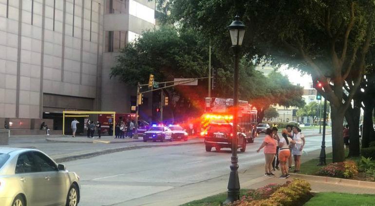Se registra tiroteo en centro comercial en Texas