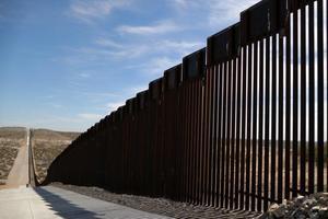 Relacionada principal_foto-pentagono-autoriza-mil-mdd-muro-trump-frontera-mexico.jpg