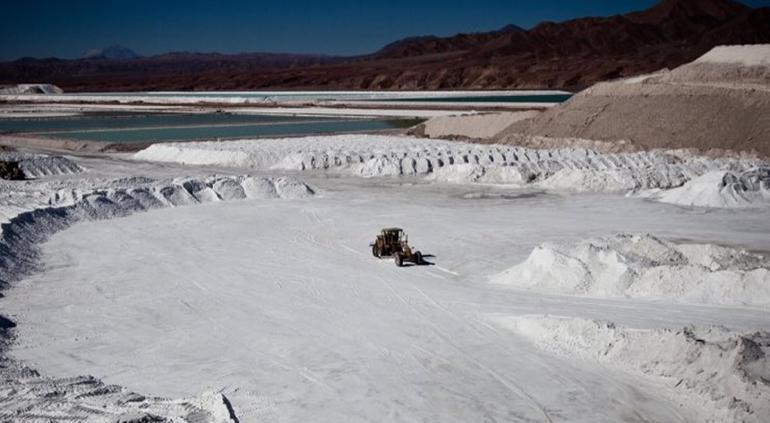 Producir litio no es buen negocio, asegura Secretaría de Economía