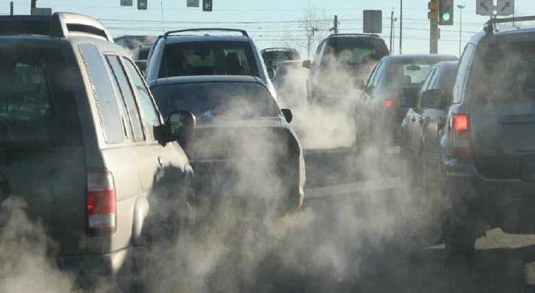 Reino Unido prohibirá la venta de coches a gasolina y diésel desde 2030