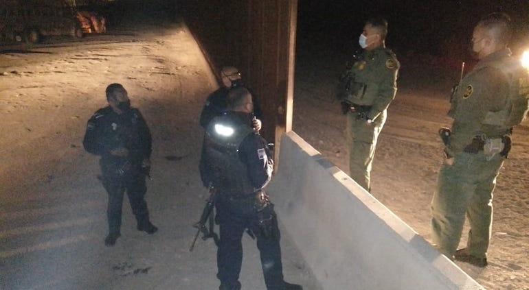 Embajada de EU en México advierte cárcel a migrantes de nueva caravana