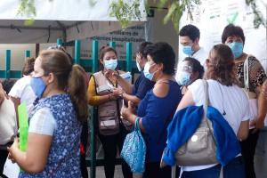 Relacionada inicia-vacunacion-covid-maestros-campeche_0_27_1200_746.jpg