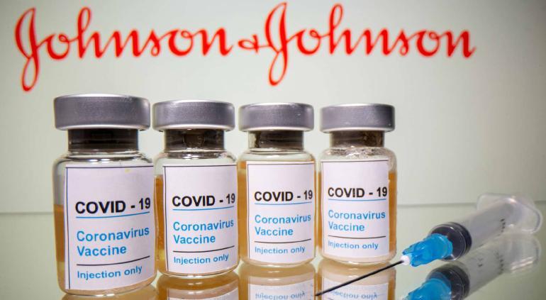 Johnson & Johnson asegura que su vacuna de una dosis previene COVID-19