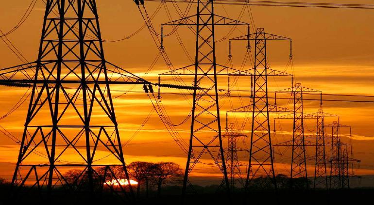 Diputados avasallan con reforma eléctrica