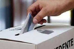 Relacionada voto-urna.jpg