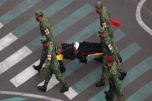 Relacionada cadete-desfile-desmayo.jpg