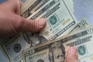 Relacionada precio-del-dolar-hoy-en-mexico-21-de-septiembre-2061-pesos-venta.jpg